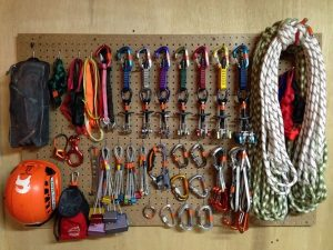 Distributor Perlengkapan Safety Climbing